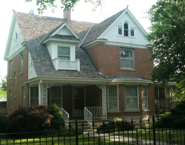 Historic Homes Walking Tour